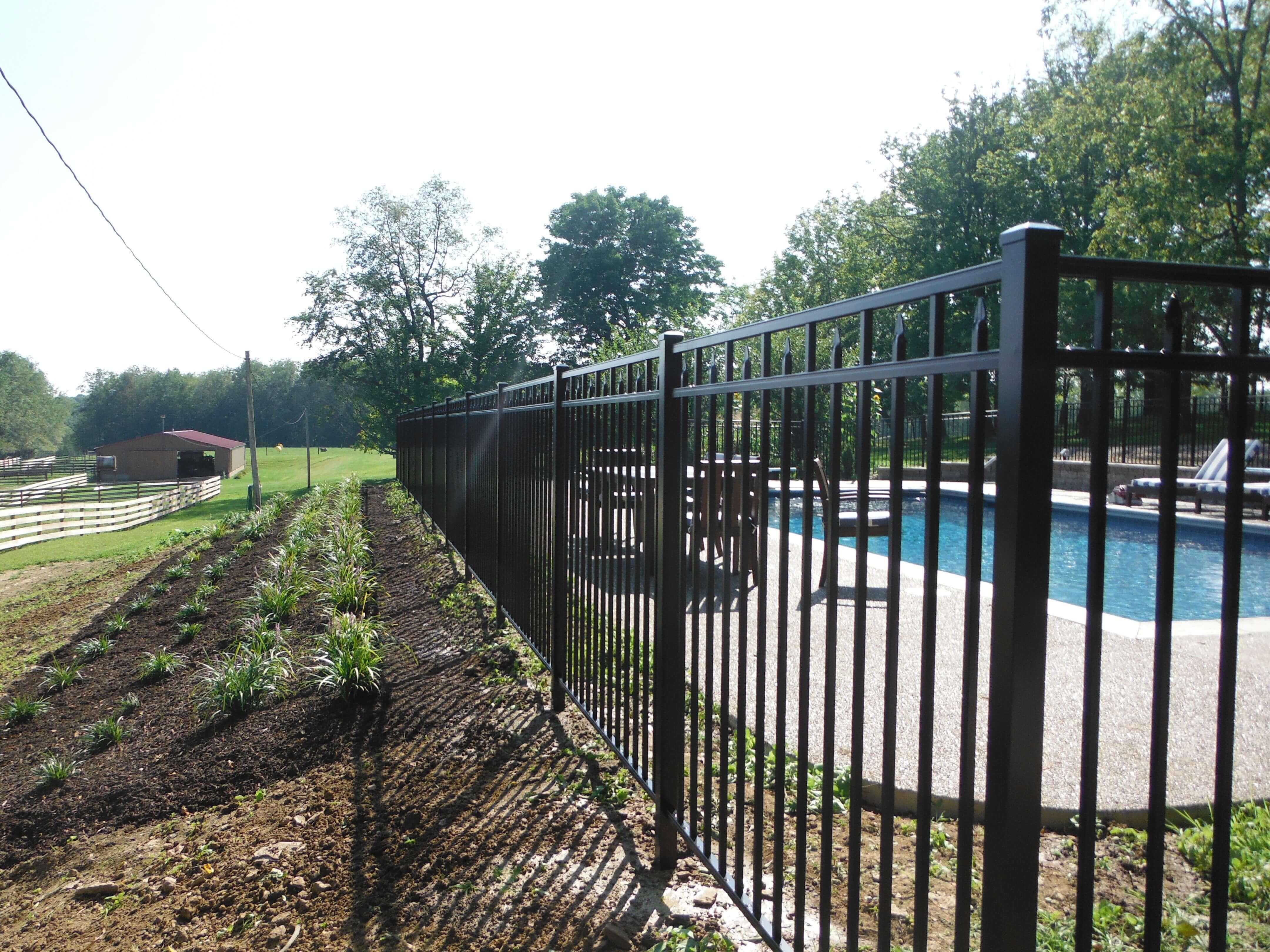 Aluminum Fence Builders